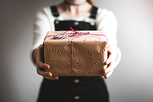 Tip č. 7 – Jaké dárky potěší Vaše čínské partnery, kamarády?